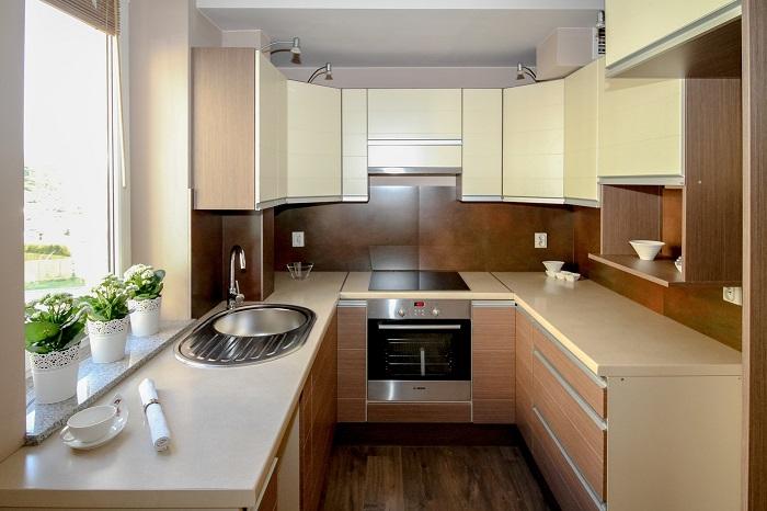 Dizajn kuchyne a kombinácia farieb